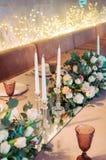 Décoration de banquet au décor naturel l'épousant de couleurs claires photo stock