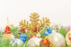Décoration de carte postale de salutation de Joyeux Noël et de bonne année Photos libres de droits