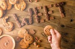 Décoration de chocolat et des biscuits image stock