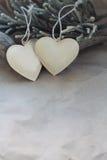 Décoration de coeur de vintage sur le fond du vieux papier Mode arrière plan Images libres de droits