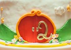 Décoration de deuxième gâteau d'anniversaire Photos libres de droits