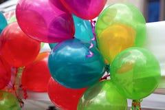 Décoration de fête colorée de ballons Images stock