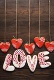 Décoration de fête pour le jour de valentines des pains d'épice Photographie stock libre de droits