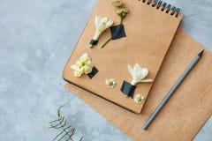Décoration de fleur sur le papier Photographie stock