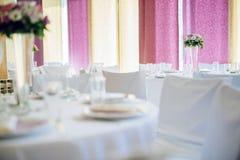 Décoration de mariage avec des fleurs Photographie stock
