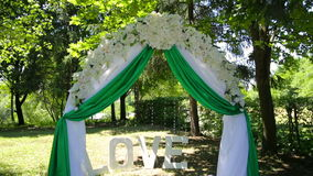 Décoration de mariage sur la cérémonie banque de vidéos