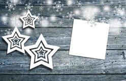 Décoration de Noël avec le papier blanc goupillé Image stock