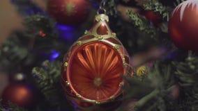 Décoration de Noël de couleurs de riches et de nouvelle année Fond de vacances de Bokeh brouillé par résumé Guirlande de clignote banque de vidéos