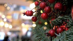 Décoration de Noël dans le centre commercial banque de vidéos