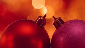 Décoration de Noël et d'an neuf Fond de vacances de Bokeh brouillé par résumé L'arbre de Noël allume le scintillement Fond rougeo banque de vidéos