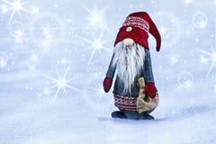 Décoration de Noël sur le fond abstrait blanc et bleu Photographie stock