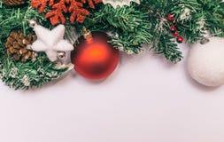 Décoration de Noël sur le fond blanc Image libre de droits