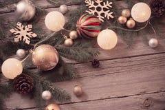 Décoration de Noël sur le fond en bois image stock