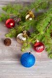 Décoration de Noël sur un fond en bois Image libre de droits