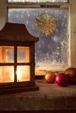Décoration de Noël sur une fenêtre 27 Photo libre de droits