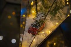 Décoration de nouvelle année ou de Noël, florarium en verre, humeur de vacances images libres de droits