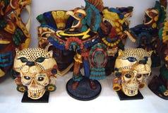 Décoration des ornements découpés traditionnels mexicains de masques Photographie stock libre de droits