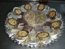 Décoration douce, morsure de mewa, petit pain de pista d'Anjir, jalebi de kaju photos stock