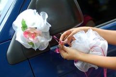 Décoration du véhicule de mariage Photos stock