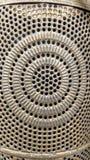 Décoration en métal avec des cercles et de petits trous photographie stock