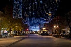 Décoration et ornement de lumière de nouvelle année sur les rues Image libre de droits