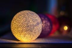 Décoration légère de boules de vacances photo stock