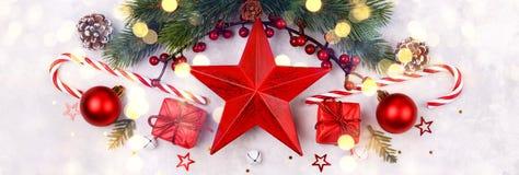 Décoration rouge de Noël d'étoile images stock