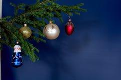 Décorations d'arbre de Neuf-An images stock