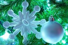 Décorations d'arbre de Noël images stock