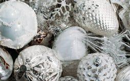 Décorations d'arbre de Noël blanc image libre de droits