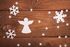 Décorations de cartes de Joyeux Noël dans le style de papier de coupe Images stock