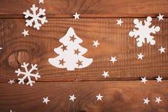 Décorations de cartes de Joyeux Noël dans le style de papier de coupe Image libre de droits