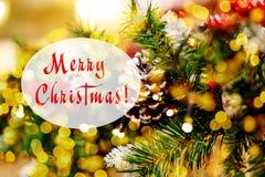 Décorations de fête d'arbres de Noël photographie stock libre de droits