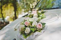 Décorations de fleur pour la voiture de fête 6665 image libre de droits
