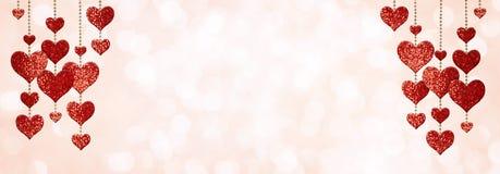 Décorations de forme de coeur de scintillement pour Valentine Day image stock