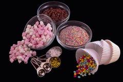 Décorations de gâteau photographie stock