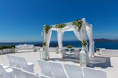 Décorations de mariage avec des roses Photos stock