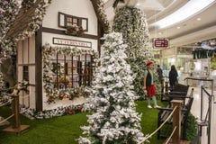 Décorations de Noël aux achats - São Paulo images stock