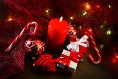 Décorations de Noël avec des cadeaux Photo stock