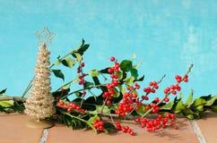 Décorations de Noël dans la piscine photos stock
