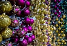 Décorations de Noël en vente Photographie stock