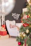 Décorations de Noël sur l'arbre Photographie stock