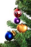 Décorations de Noël sur l'arbre de Noël Images libres de droits