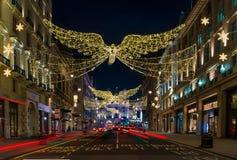 Décorations de Noël sur la rue St James, Londres centrale de régents Photos stock