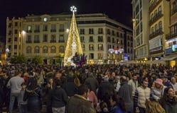 Décorations de Noël sur les rues de la ville de Malaga, Andalousie photo stock
