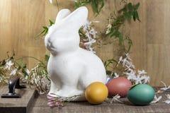 Décorations de Pâques pour le décor à la maison pour les vacances de ressort Images stock