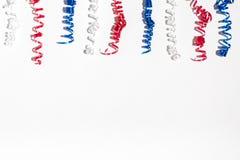 Décorations de vacances des Etats-Unis sur un fond blanc Photographie stock