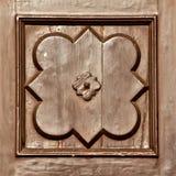Décorations en bois antiques de porte Image libre de droits