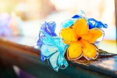 Décorations en verre de fleur traditionnelle en île de Murano près de Venise, Italie images libres de droits