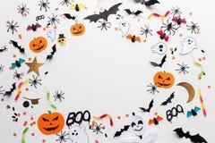 Décorations et bonbons de papier de partie de Halloween Image libre de droits